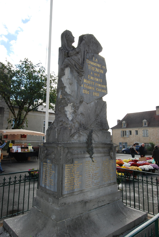 Monument-aux-Morts Thenon 24