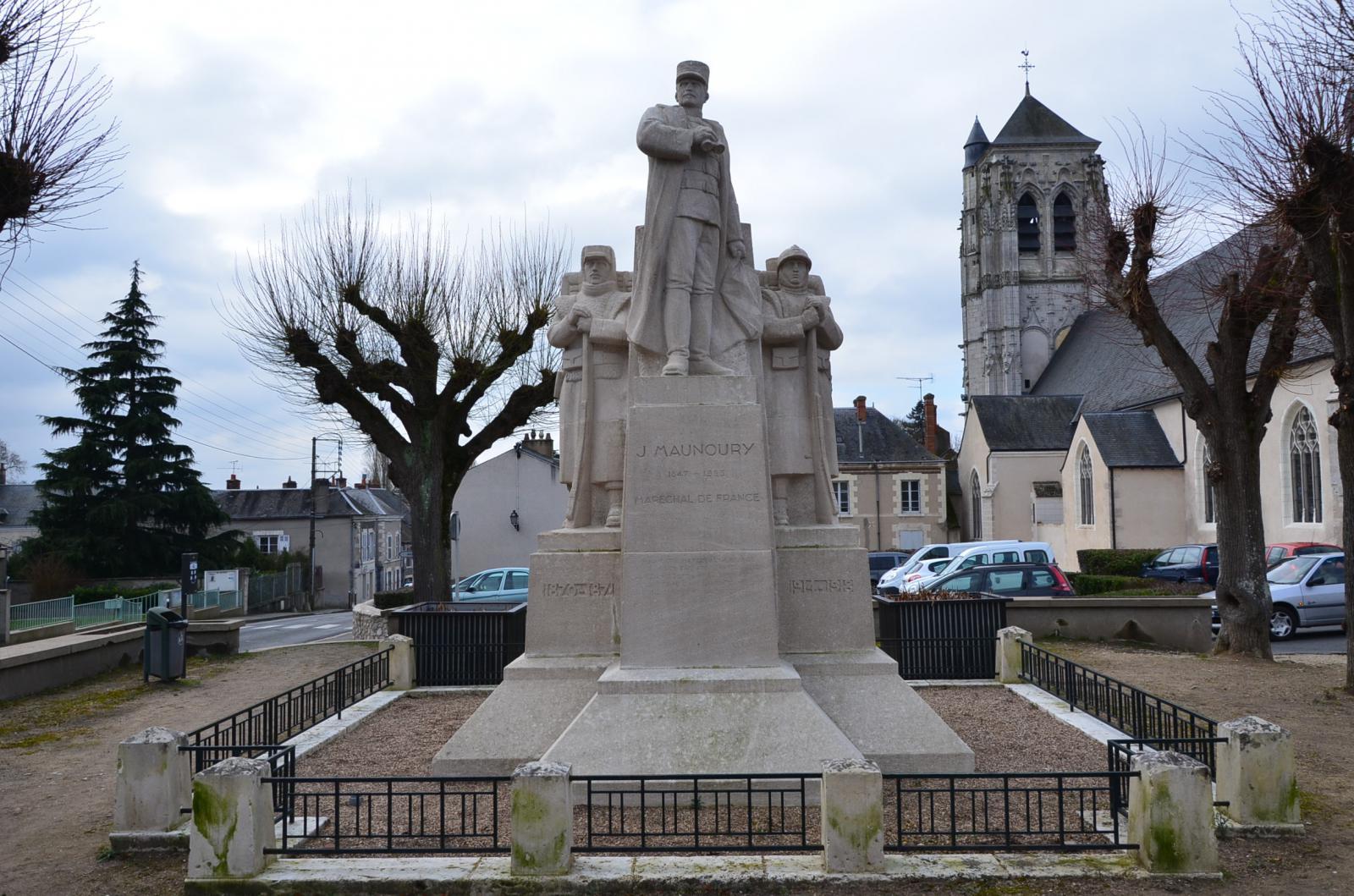 Monument aux Morts Mairie de Mer 41500