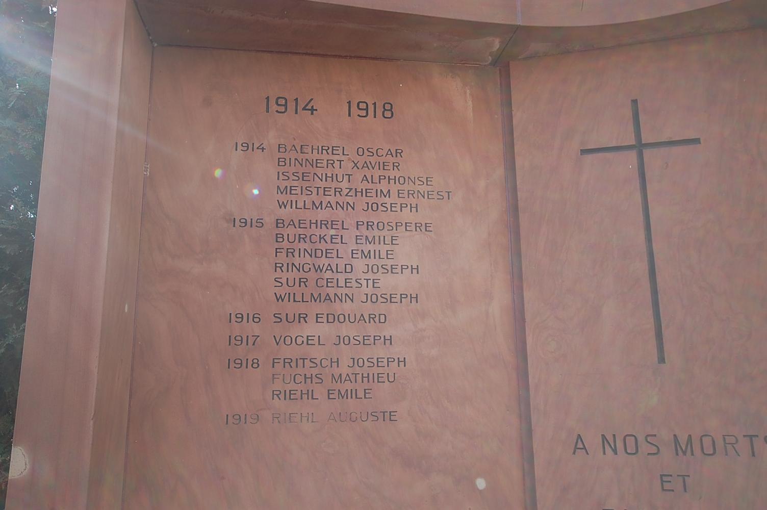 Monument aux Morts d'Uttenheim