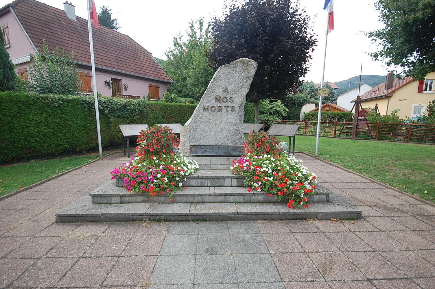 Monument aux morts BUHL 68350